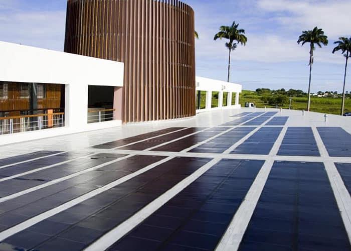 Réalisation centrale photovoltaique Sunzil Guadeloupe lucée port louis grande terre Guadeloupe