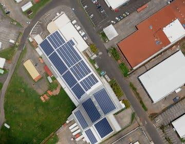 centrale photovoltaique sur toiture hangar industriel professionnel sunzil injection totale